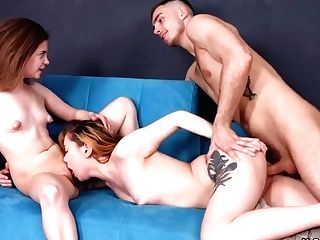 Voluptuous Bella And Bella Gray In Teenage And G/g Gf Share Woo