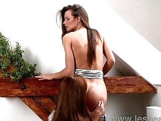 Lesbea Hd Zuzana Z Buries Her Face In Sweet Cunny