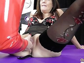 Oldnanny Bitish Matures Lesbos Attempting Restraint Bondage